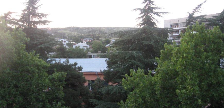 3-х комнатная квартира в центре Тбилиси