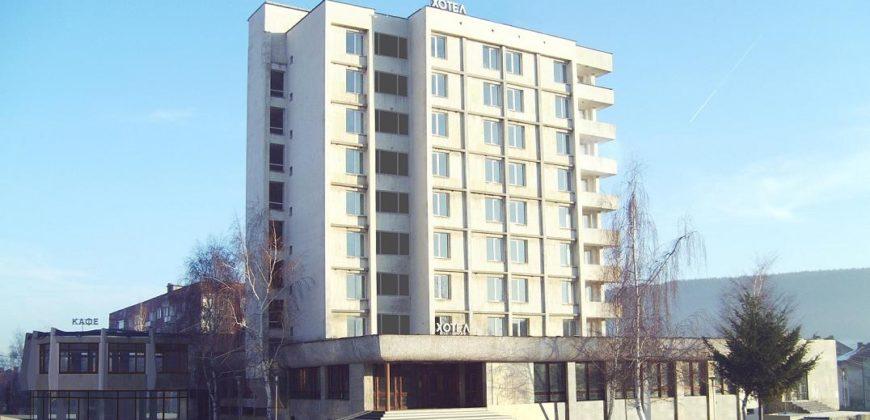 Hotel complex 5100m2 in Bulgaria, 15min to Sofia