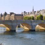 Франція: ціни на житло в передмістях менше, ніж в Парижі