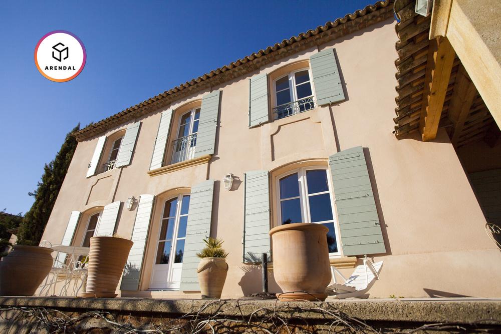 Будинок для реставрації в Провансі: чи варта гра свічок?